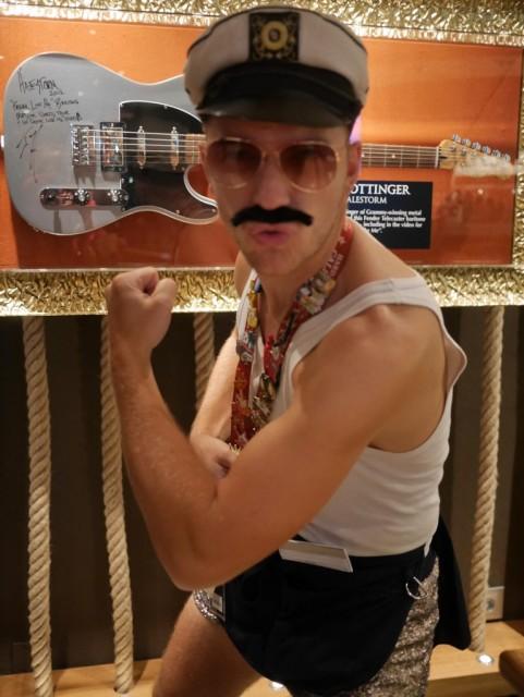 Paikallinen Freddie Mercury.