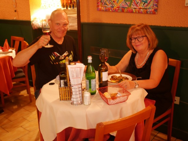 Viimeisellä aterialla Italiassa Il Carpaccio ravintolassa.